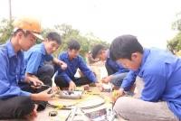 """Cẩm Xuyên: Sức lan toả từ công trình """"đường điện thanh niên thắp sáng làng quê"""" -Cách làm hiệu quả của tuổi trẻ Cẩm Sơn"""